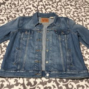 Women's XL Jean Jacket/ Light wash